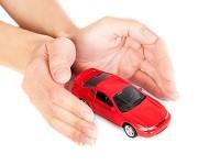 ОСАГО-ладони рук защищающие машину