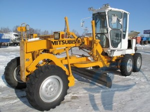 трактор-снегоуборщик
